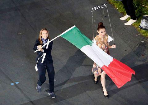 olimpiadi-portabandiera-valentina-vezzali