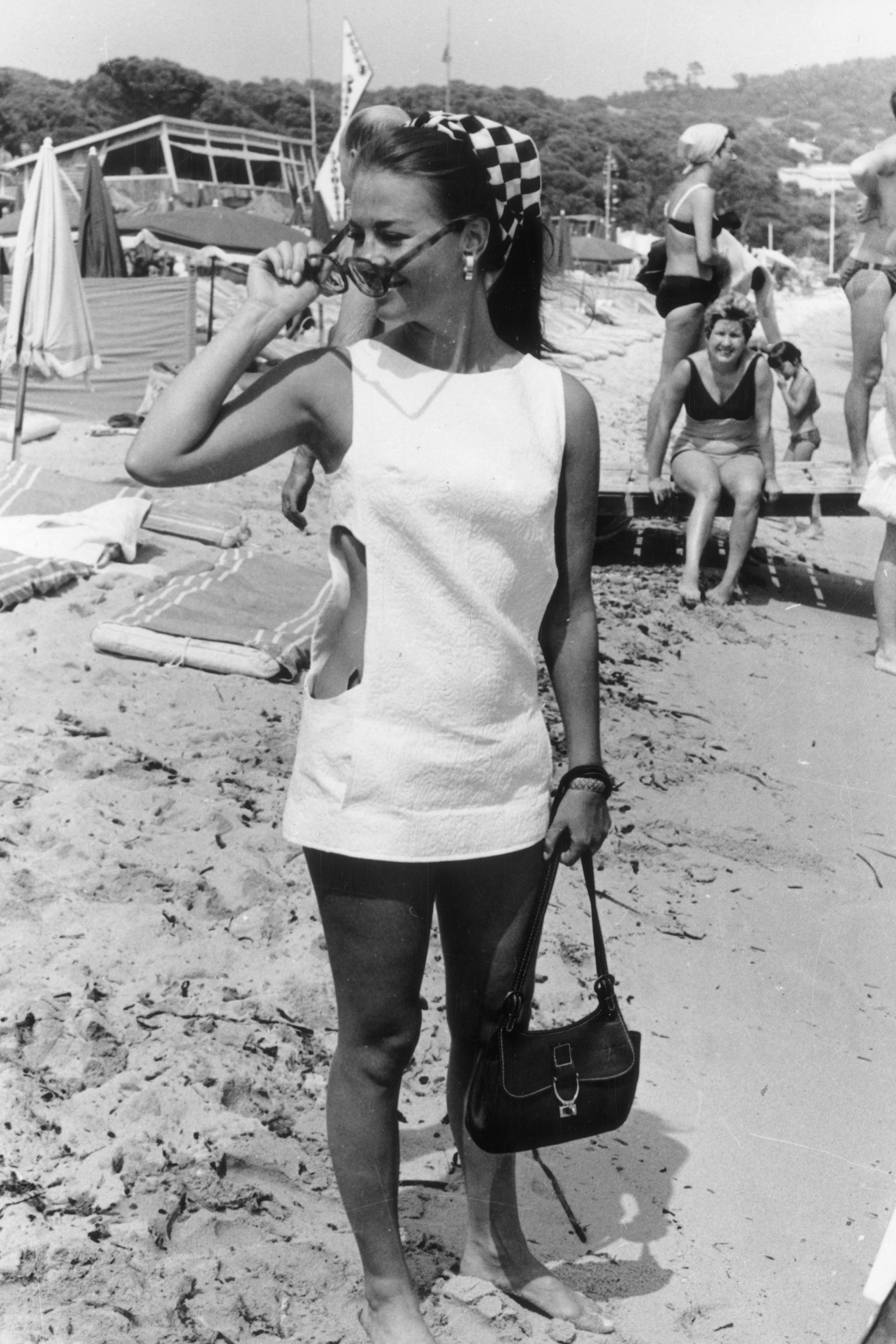 August 1968:  American film star and former child actress, Natalie Wood (1938 - 1981) on the beach in St Tropez.  (Photo by Keystone/Getty Images)