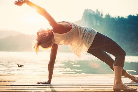 <p>Non solo per l'estetica: per avere sempre una postura corretta e per camminare meglio è molto importante allenare i glutei con appositi esercizi.</p>