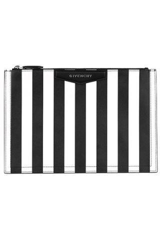 A strisce bianche e nere ,Givenchy by Riccardo Tisci.