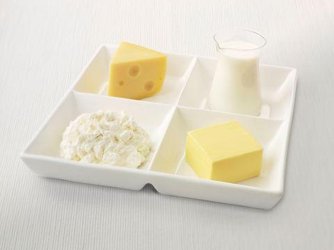 <p>I latticini sono spesso messi sotto accusa, ma secondo recenti studi alte dosi di vitamina D contribuiscono alla prevenzione dell'emicrania.</p>