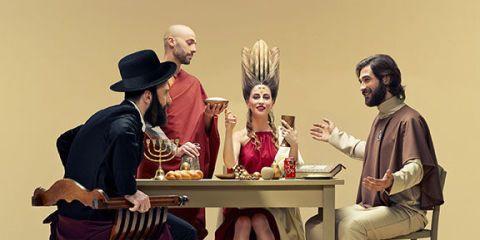 Leg, Human body, Sitting, Hat, Table, Interaction, Sharing, Conversation, Sun hat, Fedora,