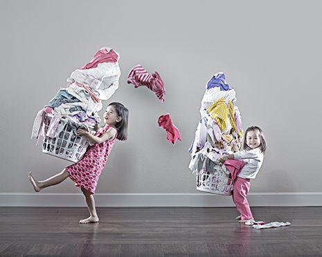 <p>I vestiti devono essere in ordine e puliti. Per evitare l'effetto straccio vecchio. E in ogni caso è meglio escludere dalla vendita intimo e costumi: sono troppo personali.  </p>