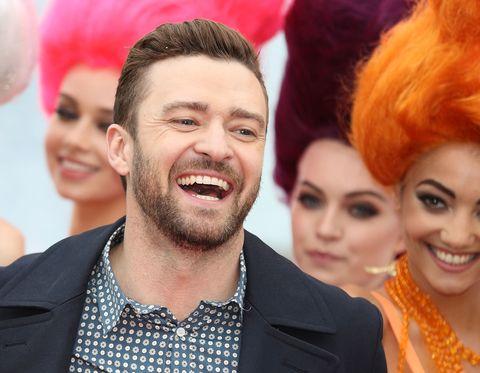 """<p>Justin Timberlake è tornato, e già questo, senza nemmeno ascoltare il pezzo, basterebbe a farci dire: «Ok, ha vinto». Oltretutto la sua <a href=""""https://www.youtube.com/watch?v=p5RobDomh5U"""" target=""""_blank""""><em>Can't stop the feeling</em></a> è quella canzone spumeggiante, facile ma stilosa (alla <em>Happy</em> di Pharrell per intenderci) che non può fare a meno di piacere a tutti. Mettici pure un video stuzzicante pieno di quegli amici belli e famosi di cui ama circondarsi il bel Justin (che tra l'altro ha pure il vizio di non invecchiare di un minuto) ed è, quasi, fatta. Quasi, perché come vedrete la concorrenza è molto, molto agguerrita.</p><p><strong>Perfetta per chi</strong>: organizza grigliate in terrazza, ama copiare le mosse di ballo dei video, sta per partire per una vacanza con le amiche.</p>"""