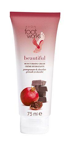 <p>Foot Works, la crema idratante al melograno e cioccolato di Avon (€ 8,70).</p>
