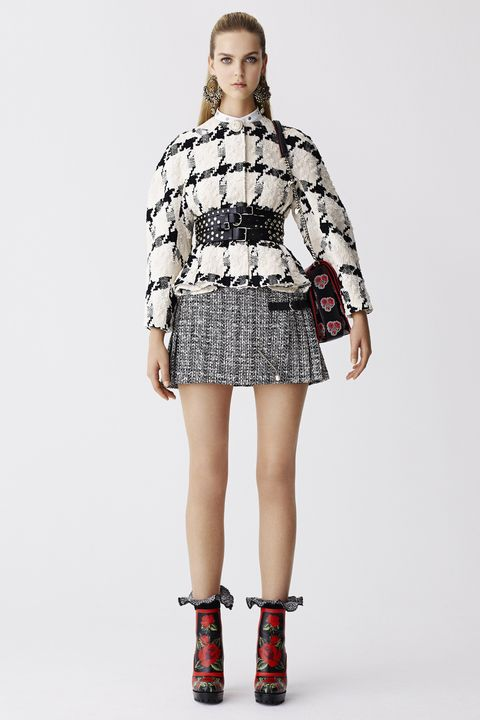 Clothing, Leg, Sleeve, Human leg, Shoulder, Dress, Joint, Pattern, One-piece garment, Style,