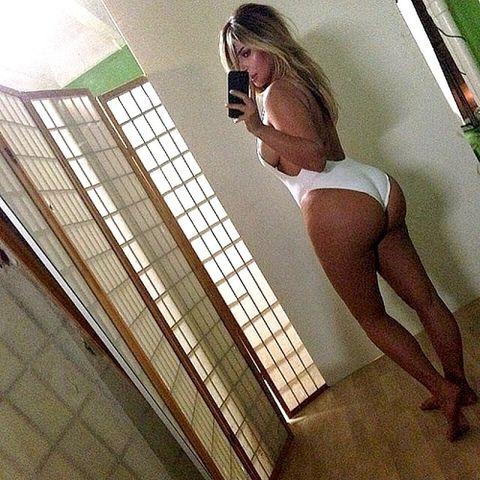 Kim Kardashian instagram selfie hot