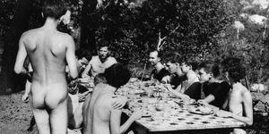 ristorante-nudista-italia