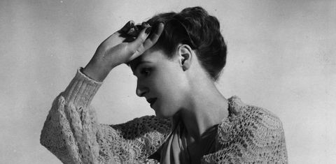 Ear, Hairstyle, Forehead, Eyebrow, Style, Eyelash, Monochrome, Monochrome photography, Beauty, Black-and-white,
