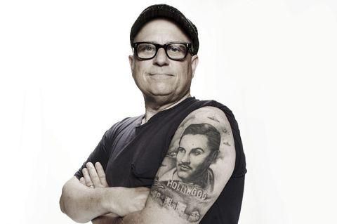 """<p>La divina Kat Von D, dopo aver lavorato nel famoso studio di <a href=""""http://www.gioia.it/idee/trend/news/g833/tatuatori-famosi-italiani/"""">tatuaggi</a> Love Hate Tattoo di Miami, reso famoso in tutto il mondo dal reality <em>Miami Ink</em>, ha aperto l'High Voltage Tattoo a Los Angeles. E' tra gli artisti più richiesti di sempre, soprattutto per la sua abilità nell'eseguire i ritratti, come quello che puoi vedere in questa immagine.</p>"""