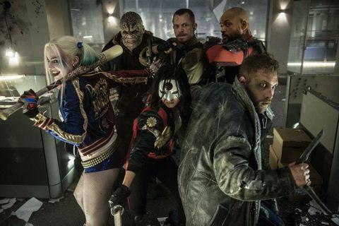 """<p>Partiamo dal film di più imminente uscita, ovvero quel <a href=""""https://www.youtube.com/watch?v=zwxw4W9ZGWM"""" target=""""_blank""""><em>Suicide Squad</em></a> di cui si è iniziato a parlare un paio di anni fa, quando, cioè, uscirono le prime immagino di Jared Leto nei panni di un Joker tatutissimo e con dentatura placcata oro. Insieme al Premio Oscar Leto, un cast ultra stellare, che va da Will Smith a<a href=""""http://www.gioia.it/spettacolo/film/news/a1245/dieta-margot-robbie-jane-the-legend-of-tarzan/"""">Margot Robbie</a> passando per una trasfigurata Cara Delevingne che promette parecchio divertimento e una dose abbondante di adrenalina. </p>"""