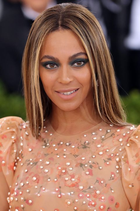 <p>Ash blonde face-framing strands beautifully balance warm complexions. Case in point: Beyoncé.</p>