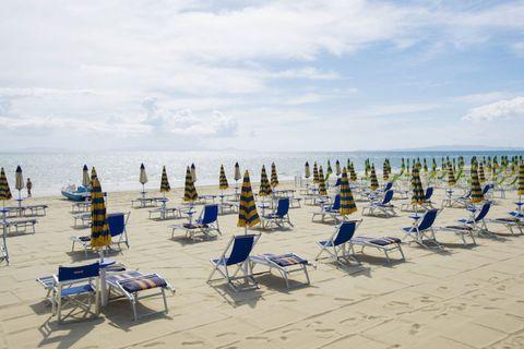 follonica spiaggia toscana