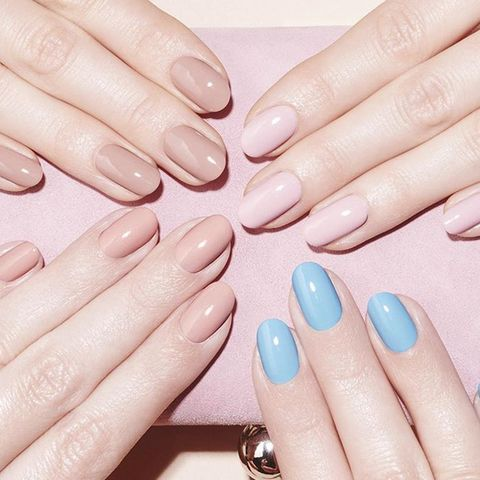 """<p><strong></strong><strong>BEST FOR:</strong> Elongating short or stubby fingers.</p><p><strong>BOTTOM LINE: </strong>Simple and classic, round shapes are the easiest to maintain at home or in between salon visits. The short length and natural curved edge are a no-fuss option for anyone who puts their fingers to work.</p><p><strong>WEAR IT WITH: </strong>Any shade from the sheerest nudes to the boldest brights.</p><p><a href=""""https://www.instagram.com/nailsinc/"""" target=""""_blank"""">@nailsinc</a><a href=""""https://www.instagram.com/nailsinc/""""></a></p>"""