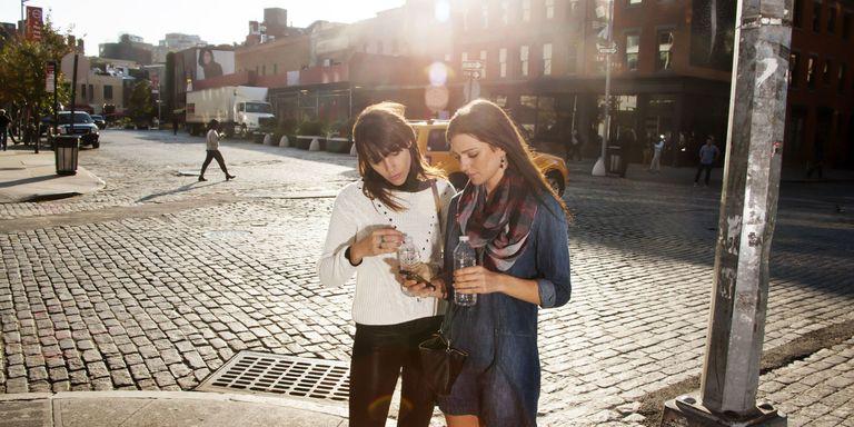 5 app smart per non farsi fregare mentre si è in viaggio