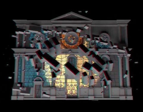 <p>La luce come elemento artistico al Romap Roma Interactive Light Festival insieme al brand Trollbeads, sponsor dell'evento che ha trasformato, dal 9-11 settembre, il centro di Roma in un museo di arte contemporanea a cielo aperto con videomapping architettonici e installazioni multisensoriali. Tre giorni all'insegna delle arti digitali in cui la luce ha vestito la Capitale, proprio come un gioiello Trollbeads. Ecco perché il brand di bijoux, per l'occasione, ha presentato un evento ad hoc insieme all'artista del vetro Claudia Cherubini. In Piazza Navona, creazioni di  luce, vetro e materiali diversi, con i quali la tradizione artigianale ha sposato la creatività. Proprio come i gioielli Trollbeads.</p>