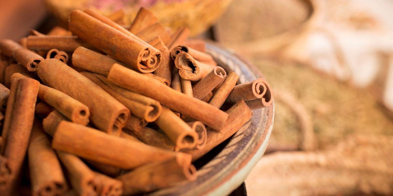 rimedi dimagranti alla cannella e al miele fatti in casa
