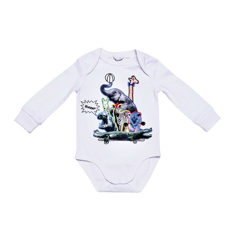 <p><strong>Per lui</strong>: Body con stampa in stile circo, <strong>Stella McCartney Kids</strong>.</p>