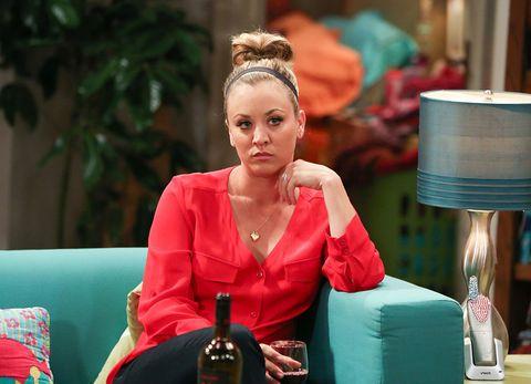 """<p>La Penny della serie tv più amata dai nerd, ovvero <em>The Big Bang Theory</em>, si piazza al secondo posto, ma con un netto distacco rispetto a Vergara: sono 24,5, infatti, i milioni di dollari che ogni entrano nelle tasche di questa brillante 30enne californiana. Che, tra l'altro, avrebbe dichiarato giusto qualche giorno fa che la sua esperienza sul set della serie targata CBS sarebbe giunto al capolinea, perché «10 stagioni possono bastare»<span class=""""redactor-invisible-space"""">.</span></p>"""