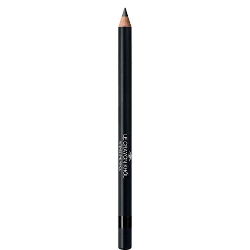<p>Chanel Le Crayon Khôl è l'accessorio perfetto per creare smoky eyes d'effetto. Formulato con ingredienti delicati è perfetto per l'uso nella rima palpebrale. Dotato di temperamine.</p>