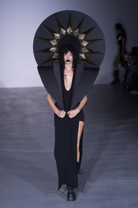 Gareth Pugh spring/summer 2017, London Fashion Week