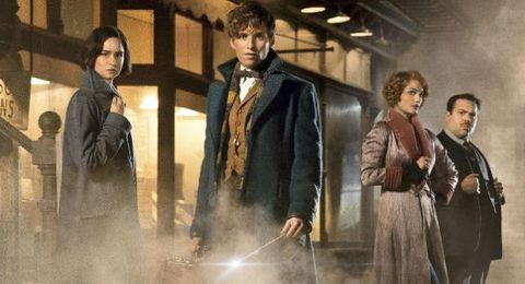 """<p>Il 17 novembre uscirà nelle sale italiane uno spin off di Harry Potter, <em>Animali fantastici e dove trovarli</em>, interpretato da <a href=""""http://www.gioia.it/magazine/personaggi/a987/eddie-redmayne-papa-di-una-bambina/"""">Eddie Redmayne</a>. Il film è tratto dall'omonimo romanzo di J.K. Rowling. </p>"""