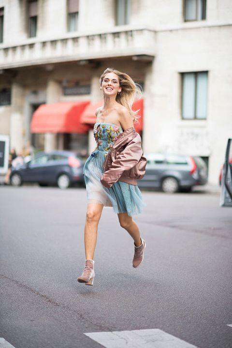 chiara ferragni: i look dello street style alla milano fashion week 2016