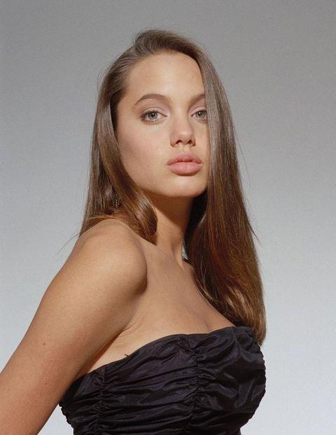 angelina jolie: le foto iconiche