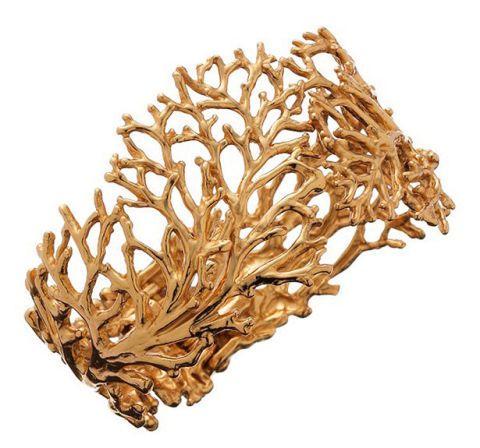 """<p>Bracciale della Collezione Coral, <strong data-redactor-tag=""""strong"""">Giovanni Raspini</strong>.</p>"""