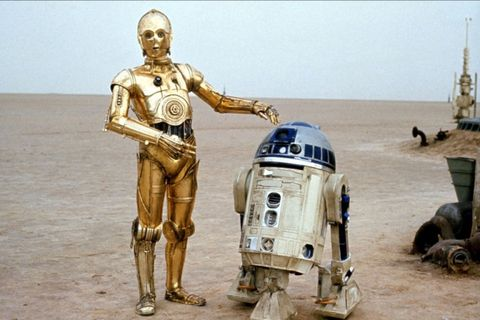 """<p>Although they played (robot) friends R2-D2 and C-3PO onscreen, Baker and Daniels couldn't have been less so. The feud <a href=""""http://www.telegraph.co.uk/film/star-wars-the-force-awakens/c3po-actor-r2d2-feud/"""" target=""""_blank"""">apparently started</a> when Baker attempted to say hello to Daniels one morning early in filming, and Daniels turned his back on him, stating 'Can't you see I'm having a conversation?' This struck a chord with Baker: """"""""It was the rudest thing anyone had ever done to me. I was furious. It was unbelievable."""" This early scuffle set the tone for the rest of their filming relationship, Baker later saying in 2006: """"We were both in our droids; there was no interconnection at all. We couldn't hear or see each other."""" And it seems they were both fine with that. </p>"""