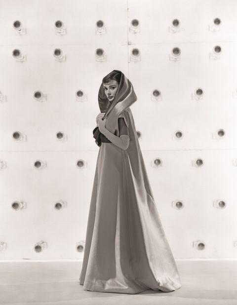 <p><em><i>Cenerentola a Parigi</i>,</em> 1957.</p>