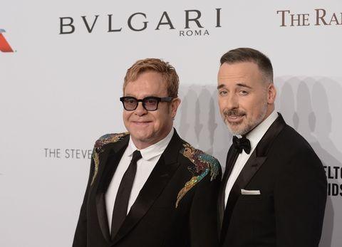 Natale moda 2016 news Bulgari Elton John AIDS Foundation