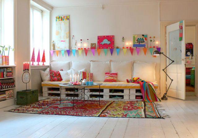 Divano Pallet Prezzo : Come costruire un divano con i bancali