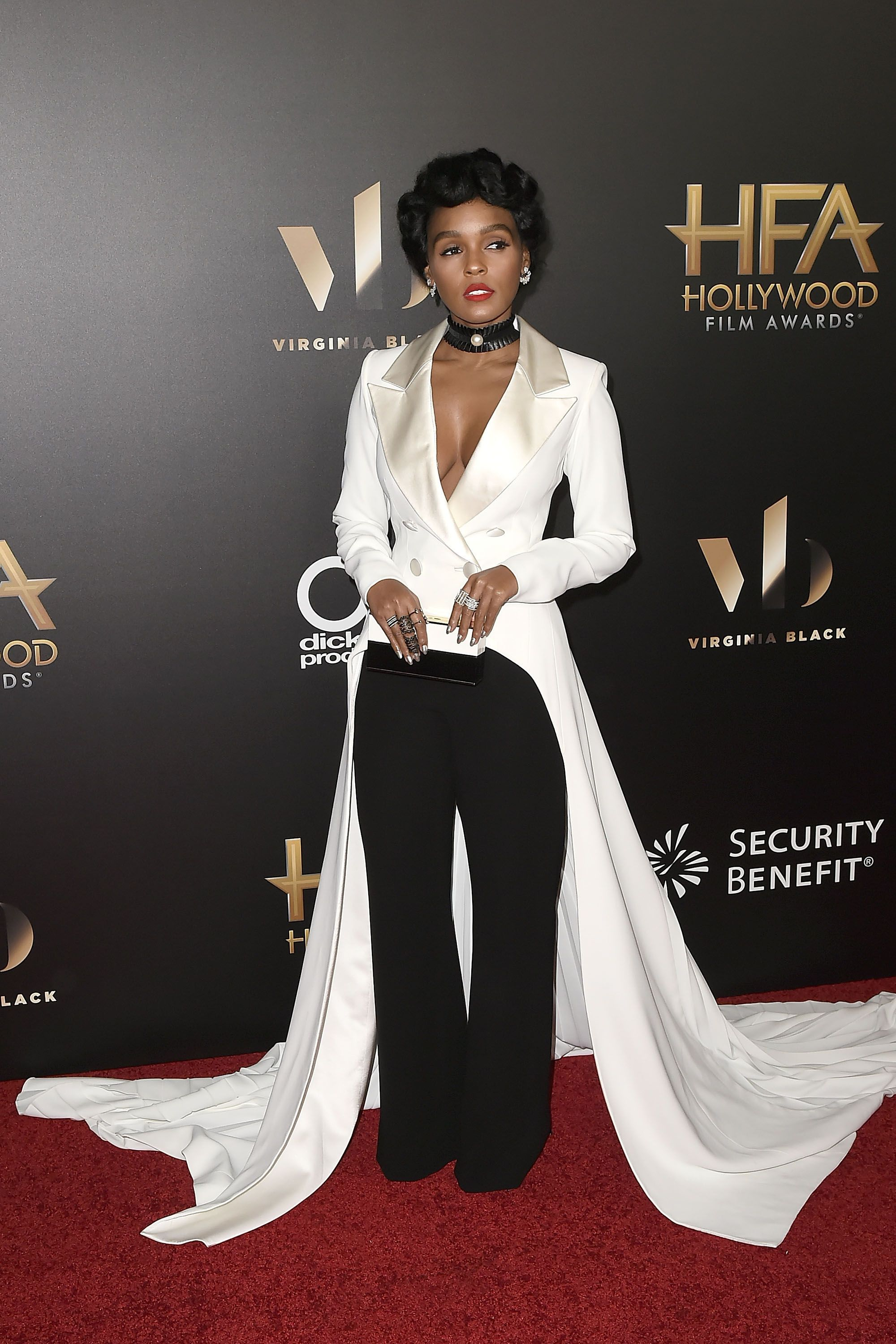 "<p>Janelle Monae<span class=""redactor-invisible-space""></span></p>"