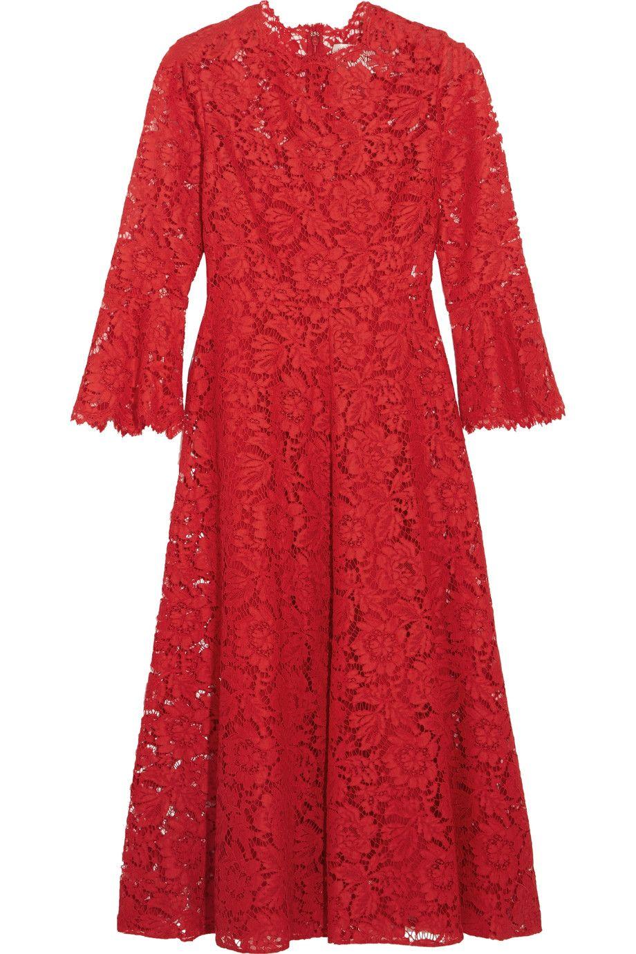 Ecco un regalo di Natale trendy, l'abito rosso in pizzo di Valentino