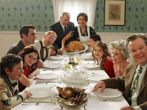 modern-family-thanksgiving-ringraziamento