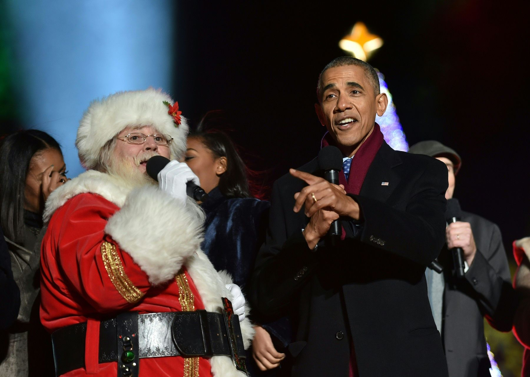 Barack Obama Canta Jingle Bells Con Babbo Natale Imperdibile