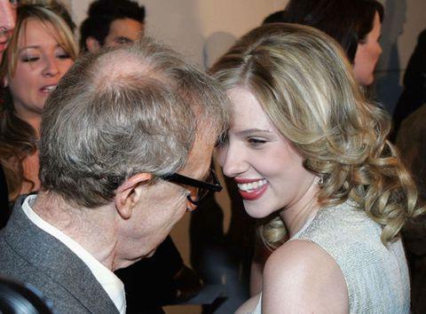 """<p>Sono tre i film di Woody Allen che vedono <strong data-redactor-tag=""""strong"""" data-verified=""""redactor"""">Scarlett Johansson </strong>protagonista: <em data-redactor-tag=""""em"""" data-verified=""""redactor""""><strong data-redactor-tag=""""strong"""" data-verified=""""redactor"""">Match Point</strong></em>,<em data-redactor-tag=""""em"""" data-verified=""""redactor""""><strong data-redactor-tag=""""strong"""" data-verified=""""redactor""""> Scoop</strong></em> e <em data-redactor-tag=""""em"""" data-verified=""""redactor""""><strong data-redactor-tag=""""strong"""" data-verified=""""redactor"""">Vicky Cristina Barcelona</strong></em>, usciti al cinema tra il 2005 e il 2008. Viste le uscite tanto ravvicinate&nbsp;dei film, Allen decise di troncare la <strong data-redactor-tag=""""strong"""" data-verified=""""redactor"""">collaborazione</strong> con l'attrice giustificandosi così: «Desidero lavorare ancora con lei in futuro, ma non voglio che sia prevedibile. Non voglio che sia considerata la mia nuova<strong data-redactor-tag=""""strong"""" data-verified=""""redactor""""> musa</strong>».<span class=""""redactor-invisible-space"""" data-verified=""""redactor"""" data-redactor-tag=""""span"""" data-redactor-class=""""redactor-invisible-space""""></span></p>"""
