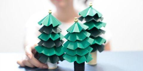 Alberi Di Natale Di Carta.Come Fare L Albero Di Natale Di Carta