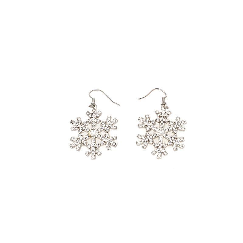 "<p>Orecchini fiocco di neve con strass, <strong data-redactor-tag=""strong"" data-verified=""redactor"">Blugirl</strong>.</p>"
