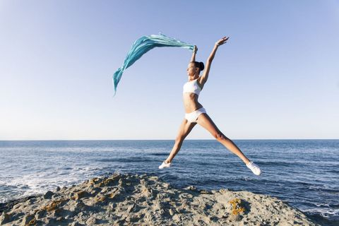 Shoulder, Human leg, People in nature, Summer, Ocean, Vacation, Waist, Sea, Beach, Thigh,