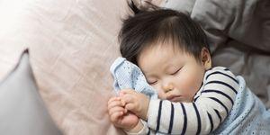 Cos'è il Metodo Estivill per far addormentare i bambini.