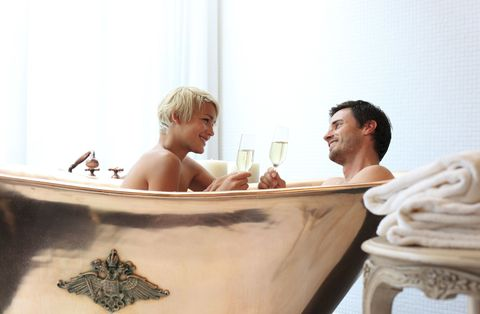 Bagno Romantico San Valentino : Spa san valentino: 10 offerte terme e spa per tutte le tasche