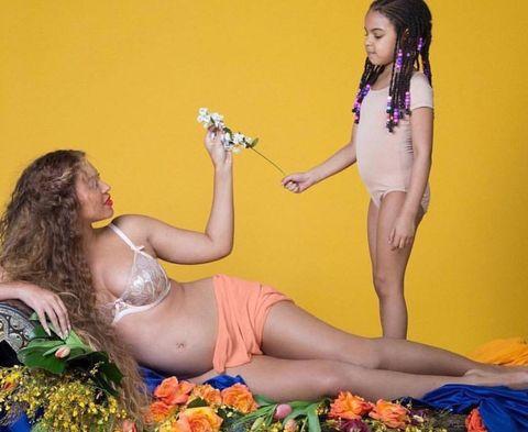 Qualunque cosa faccia Beyonce sa come ottenere l'attenzione di tutti: che sia un disco, un tradimento o o una gravidanza, le regole per gestire gossip, segreti e rivelazioni.