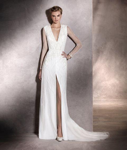 Abiti da sposa modello Antara di Pronovias 2017-2018