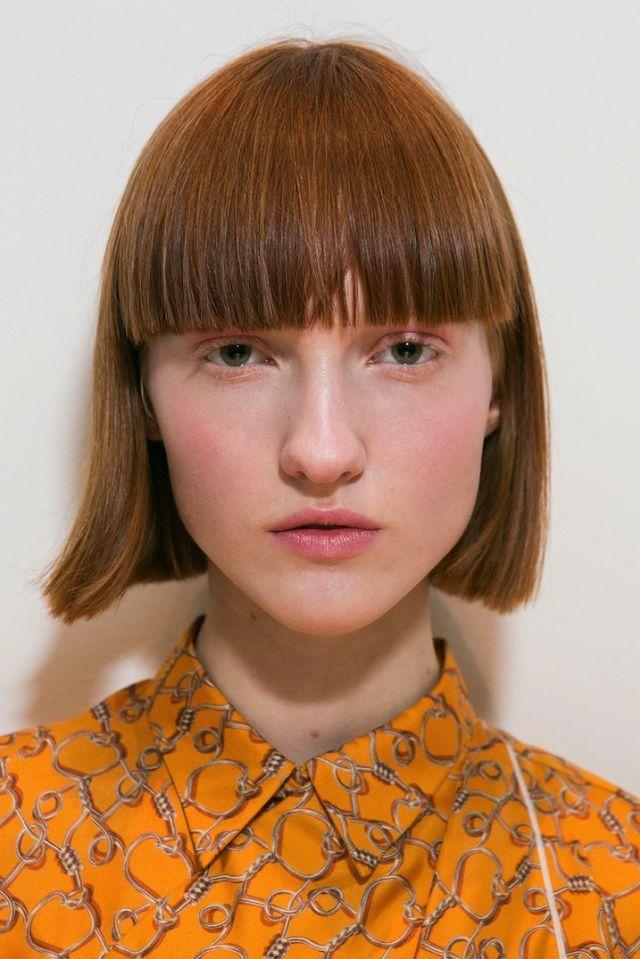 Taglio capelli medio corti