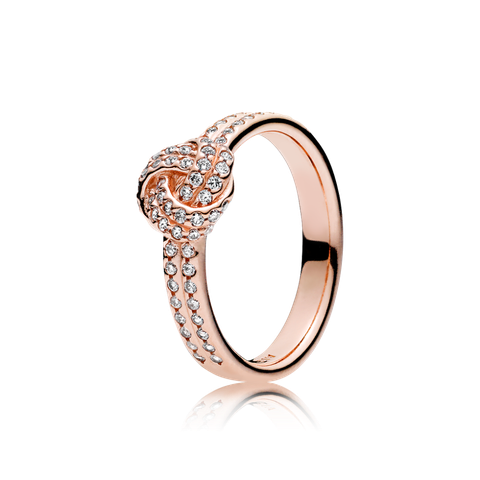 Gli anelli primavera 2017 simply chic come il modello collezione Nodi d'Amore di Pandora