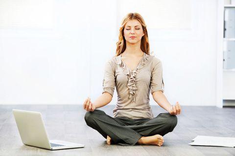 Come riuscire a meditare con costanza anche se pensi di non avere mai tempo