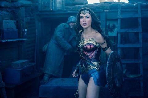 """<p><a data-tracking-id=""""recirc-text-link"""" href=""""http://www.elle.com/it/spettacolo/film/g2560/gal-gadot-chi-e-nuova-wonder-woman/"""">L'israeliana Gal Gadot</a> riprende il ruolo televisivodi Lynda Carter per la trasposizione cinematografica di Wonder Woman.</p><p><strong data-redactor-tag=""""strong"""" data-verified=""""redactor"""">Quando</strong>: 1 giugno 2017</p>"""