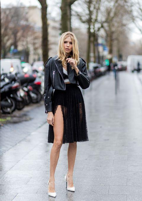 come abbinare giacca di pelle con il vestito